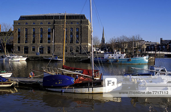 Arnolfini Center& Floating Harbour