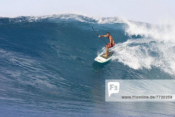 groß großes großer große großen Paddel Hawaii Oahu Wellenreiten surfen Wasserwelle Welle