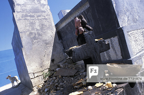 überqueren  schwarz  Puppe  Kreuz  Haiti  Voodoo