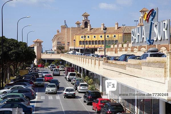Auto  beschäftigt  Fernverkehrsstraße  parken  Andalusien  Spanien  Straßenverkehr