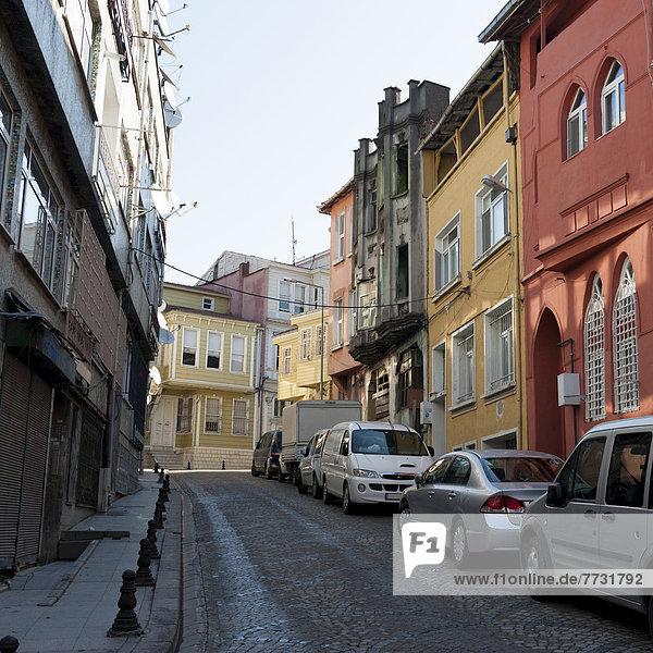 Auto Gebäude Straße bunt parken vorwärts Istanbul