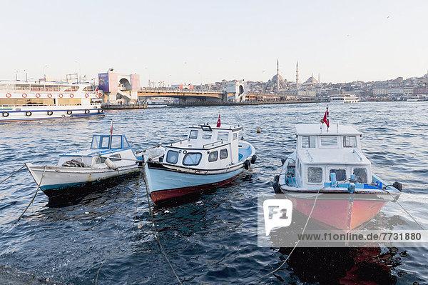 Wasserrand  Boot  Fluss  binden  Bosporus