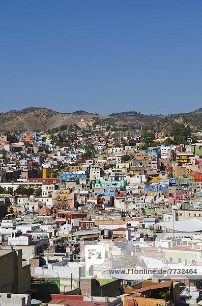 Farbaufnahme Farbe Gebäude Mexiko Ansicht Innenstadt Guanajuato