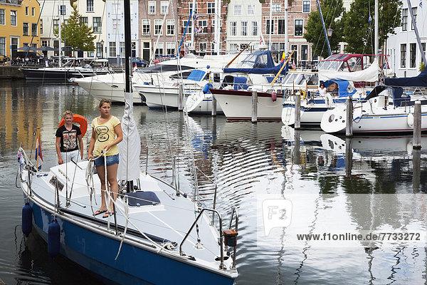Hafen  nehmen  gehen  Niederlande