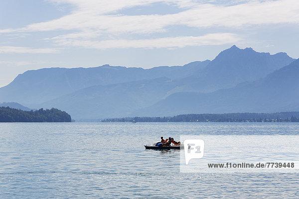 Tretboot auf Wolfgangsee