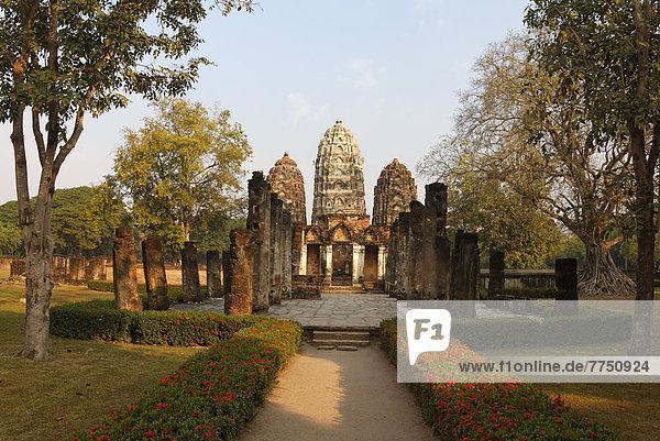 Wat Sri Sawai Temple in Sukhothai Historical Park  UNESCO World Heritage Site
