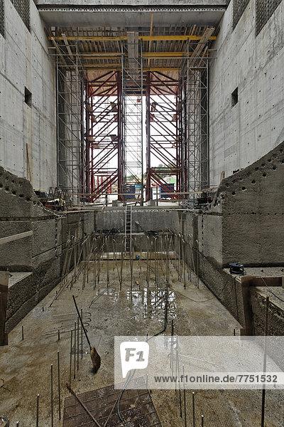 Baustelle Neues Wasserkraftwerk Rheinfelden  Turbinenkammer  Kammer 3  Betonierungsarbeiten