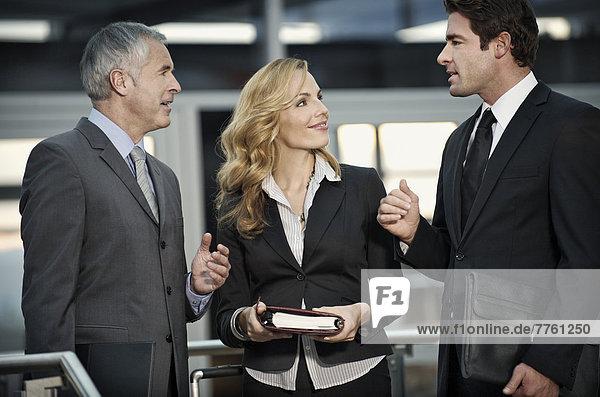 Geschäftsleute reden