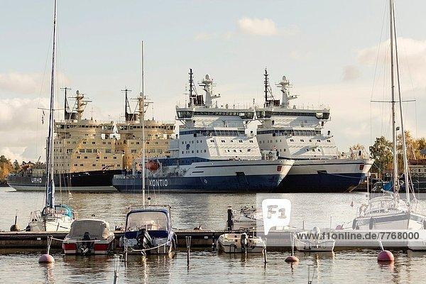 Helsinki Hauptstadt Schiff Finnischer Lapphund Finnland