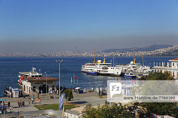 Port in Bueyuekada  looking towards Istanbul  Sea of ??Marmara