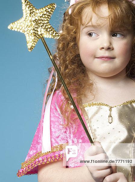 Kleines Mädchen im Feenkostüm Kleines Mädchen im Feenkostüm