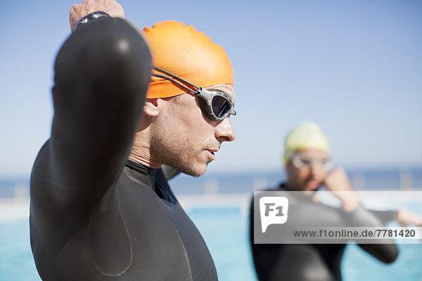 Triathletenbinden an der Brille im Freien