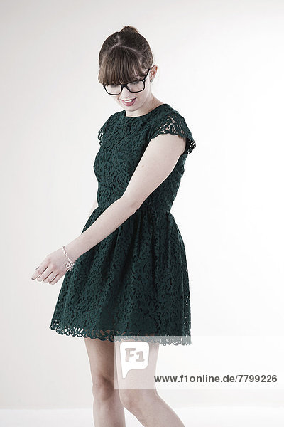 Portrait  Frau  grün  jung  Kleidung