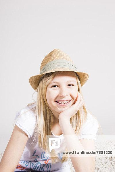 Portrait  Hut  Kleidung  Studioaufnahme  Mädchen