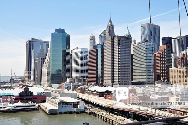 Skyline  Skylines  Großstadt  Brücke  Brooklyn  neu