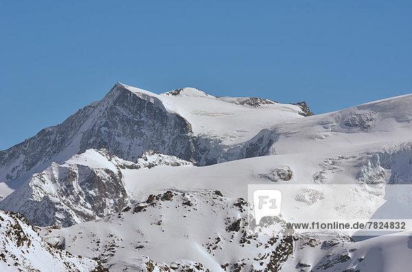 Bergsteiger  nahe  Alpen  Ski
