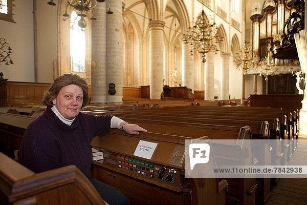 Kirche groß großes großer große großen Niederlande