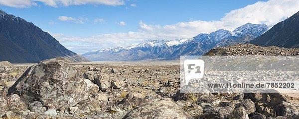 Landschaftlich schön  landschaftlich reizvoll  Berg  Felsen  Pazifischer Ozean  Pazifik  Stiller Ozean  Großer Ozean  neuseeländische Südinsel  bedecken  UNESCO-Welterbe  Neuseeland  Schnee