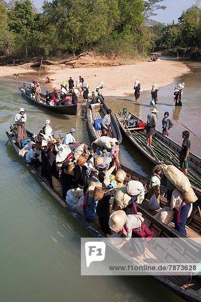 nahe  Dorf  Myanmar  Inle See  Shan Staat