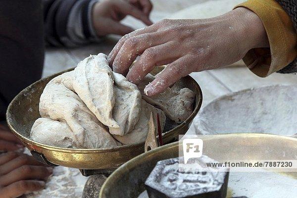 kneten  Brot  Bäcker