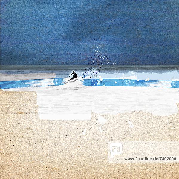 Surfer auf einer Welle im Meer