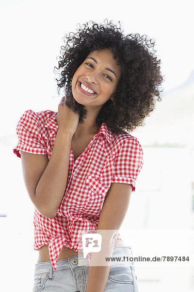 Porträt einer lächelnden Frau