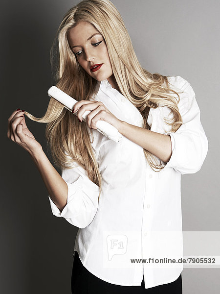 Mädchen  blond  Haar  hübsch