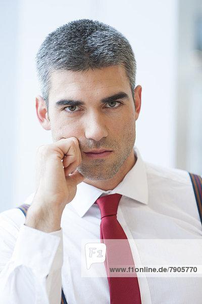 ernst  sehen  Geschäftsmann  Close-up  close-ups  close up  close ups  Blick in die Kamera