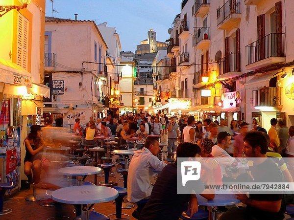 Lifestyle  Nacht  Balearen  Balearische Inseln  Ortsteil  Ibiza  Spanien