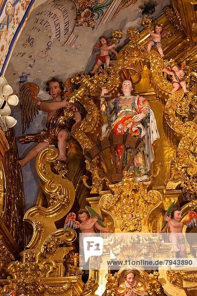 A visit to the ´´San Francisco Javier Altarpiece´´  at the ´´Museo del Virreinato´´  or Viceroyalty Museum  At Tepotzotlán  México.