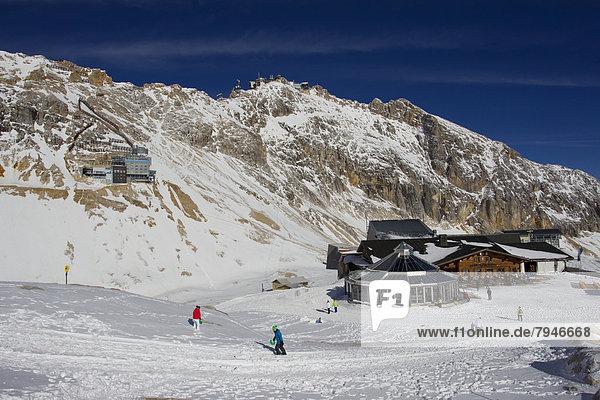 Gletscherrestaurant Sonnalpin  Zugspitzplatt  Zugspitze  Wettersteingebirge  Alpen