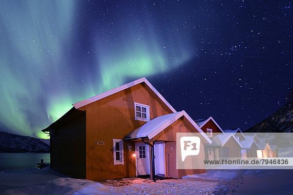 Hütte über angeln Aurora