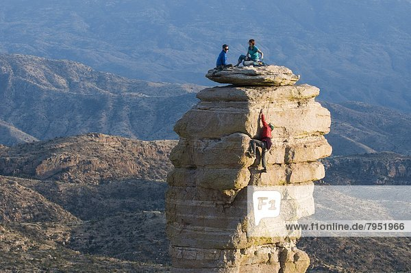 Bergsteiger  Felsbrocken  aufwärts  Kirchturm  Bundesstraße  Arizona  Berg  Granit  Tucson