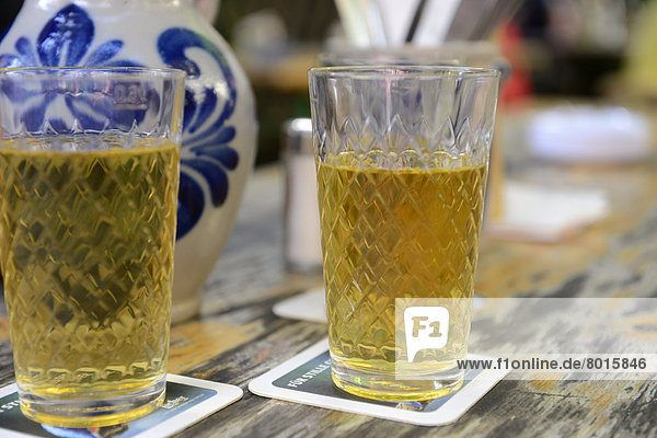 Apfelwein im Glas Apfelwein im Glas