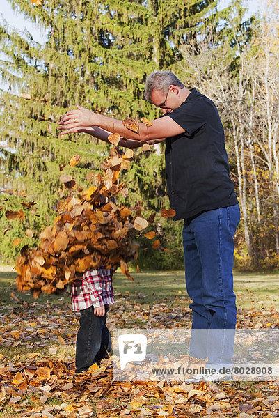 Enkelsohn Großvater Herbst