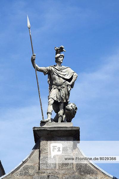 Dublin  Hauptstadt  Palast  Schloß  Schlösser  Eingang  Statue