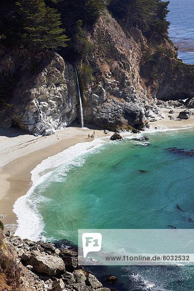 Ozean  fließen  Wasserfall  Norden  Ansicht  Big Sur  Kalifornien