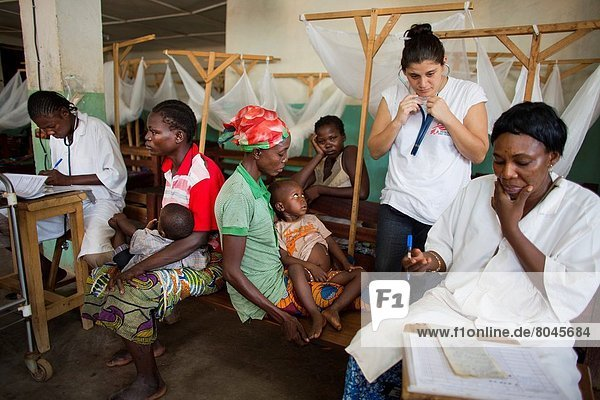 MSF doctor in batangafo hospital  Central african republic.