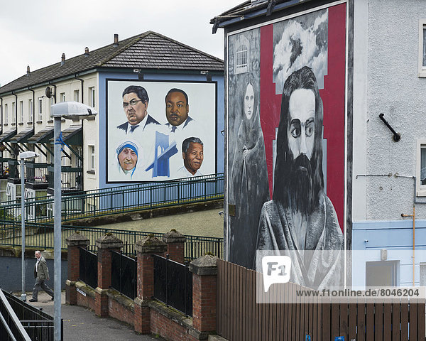 Hunger Striker Raymond McCartney mural and Tribute to John Hume  gallery murals in Rossville Street in Bogside Area  Derry  County Londonderry  Northern Ireland  United Kingdom