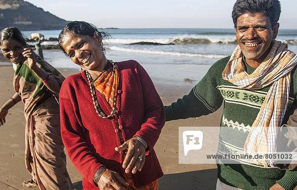lachen  Strand  Indien  indische Abstammung  Inder