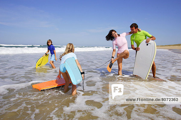 Lifestyle  seaside : Family on the beach.