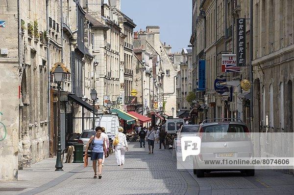 Wohngebäude Gebäude Straße Natürlichkeit Innenstadt Markt
