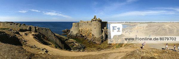 entfernt  Panorama  Bericht  Palast  Schloß  Schlösser  Küste  Tagesausflug  Geschichte  Insel  Ansicht  Kontinent  Distanz  Erbe  Süden