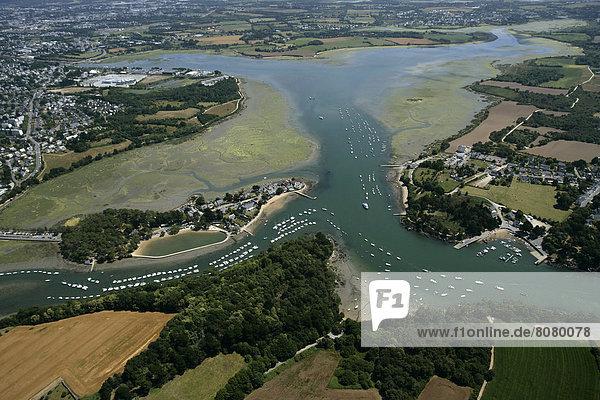 Golfplatz Hafen über Boot Insel Ansicht Luftbild Fernsehantenne Morbihan