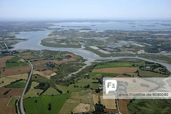 Fluss Ansicht Sumpf Luftbild Fernsehantenne Bretagne Morbihan Speisesalz Salz