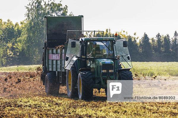 arbeiten Traktor Feld Bauer