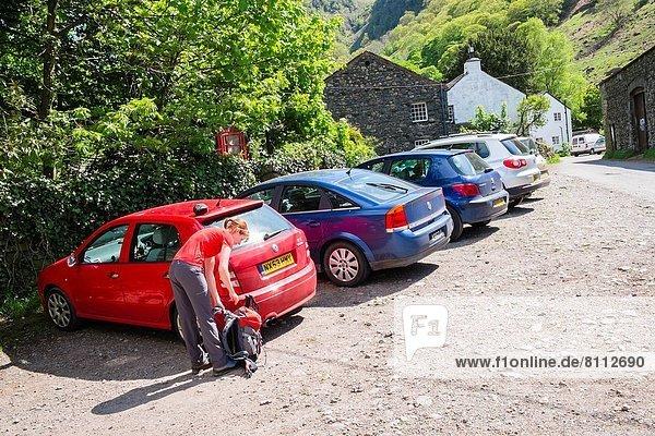 Auto  See  parken  wandern  Rückkehr  Ortsteil