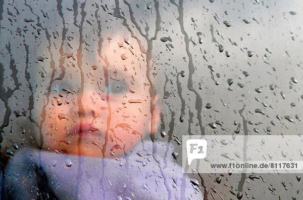 Fenster ,klein ,Regen ,Baby