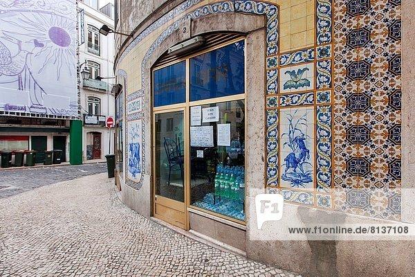 Lissabon Hauptstadt Europa Cafe streichen streicht streichend anstreichen anstreichend Fliesenboden Keramik Portugal portugiesisch Lissabon,Hauptstadt,Europa,Cafe,streichen,streicht,streichend,anstreichen,anstreichend,Fliesenboden,Keramik,Portugal,portugiesisch