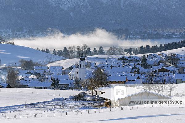 Deutschland  Bayern  Hausansicht Rieden am Forggensee
